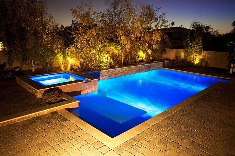 How Does a Saltwater Pool System Work?