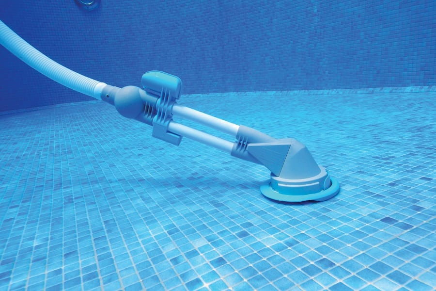 Best Pool Vacuums For Above-Ground Pools In 2020