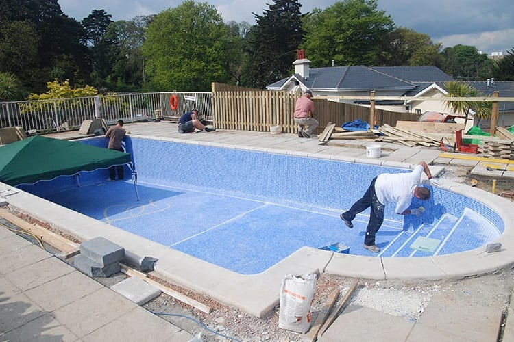 How Much Does Building Your Own Pool Cost?