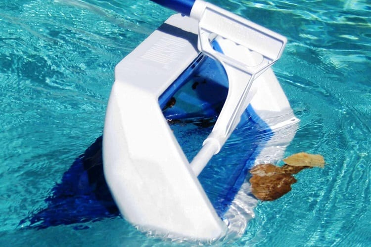 DOES A POOL NEED A SKIMMER?